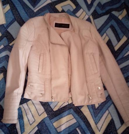 Женская куртка кожанка косуха