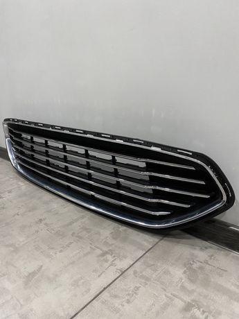 Решетка радиатора Ford Fusion USA 2013-2016 дорестайл