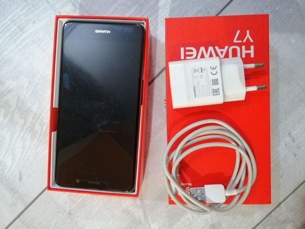 Smartfon Huawey Y7 sprzedam