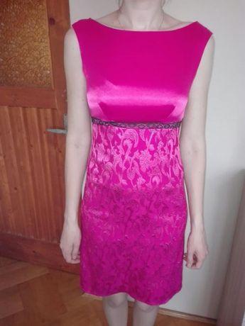 Śliczna sukienka w pięknym kolorze