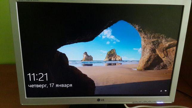 """Монитор 20"""" LG Electronics W2042T комп'ютер системний блок"""