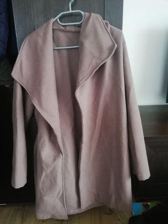 Sprzedam damskie kurtki