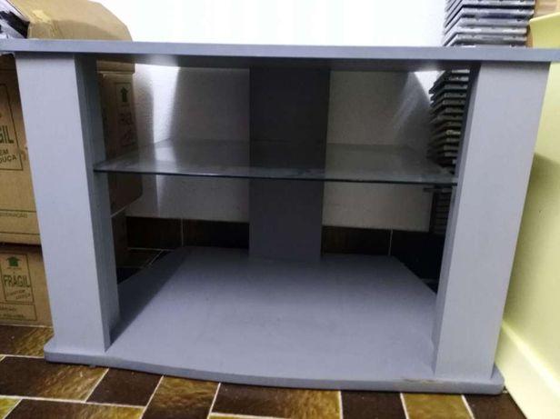 Mesa elegante para TV e box - como nova!