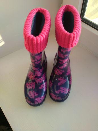Взуття-сапоги осінні