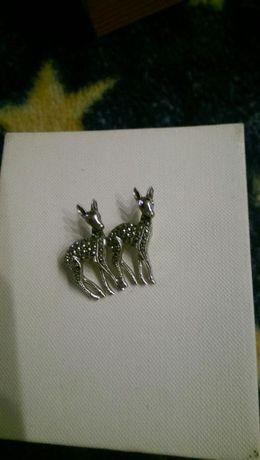 Sarenki srebrna broszka z cyrkoniami