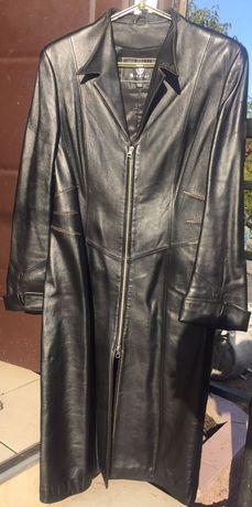 Кожаное  пальто, плащ (женское)