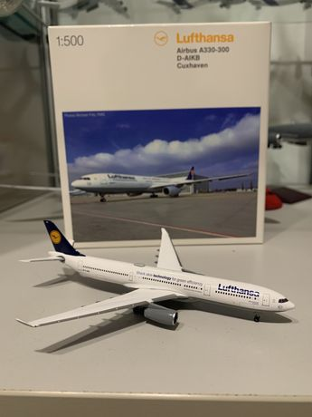 Airbus A330-300 Herpa 1:500