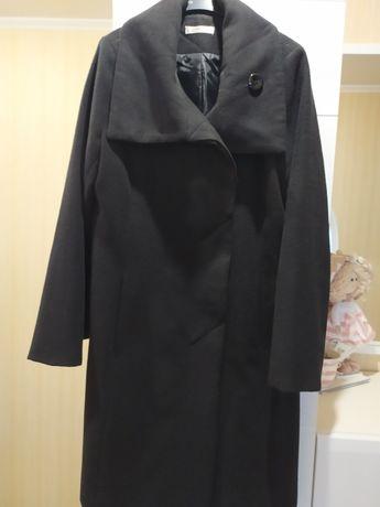 Пальто женское осень.
