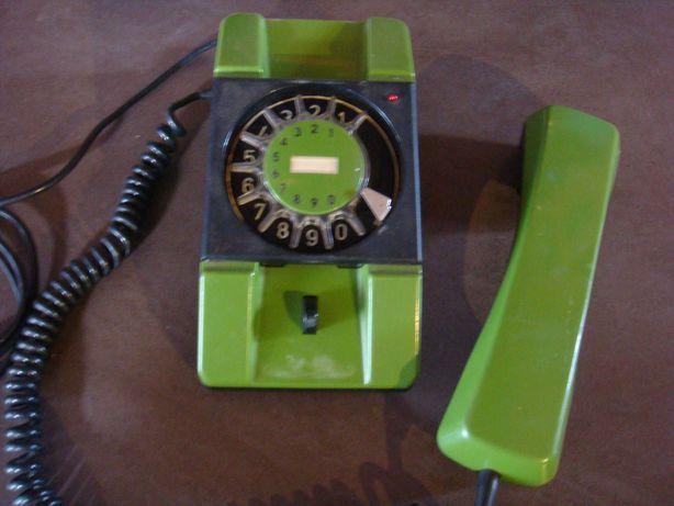 Telefon RWT Bratek zielony z lat PRL