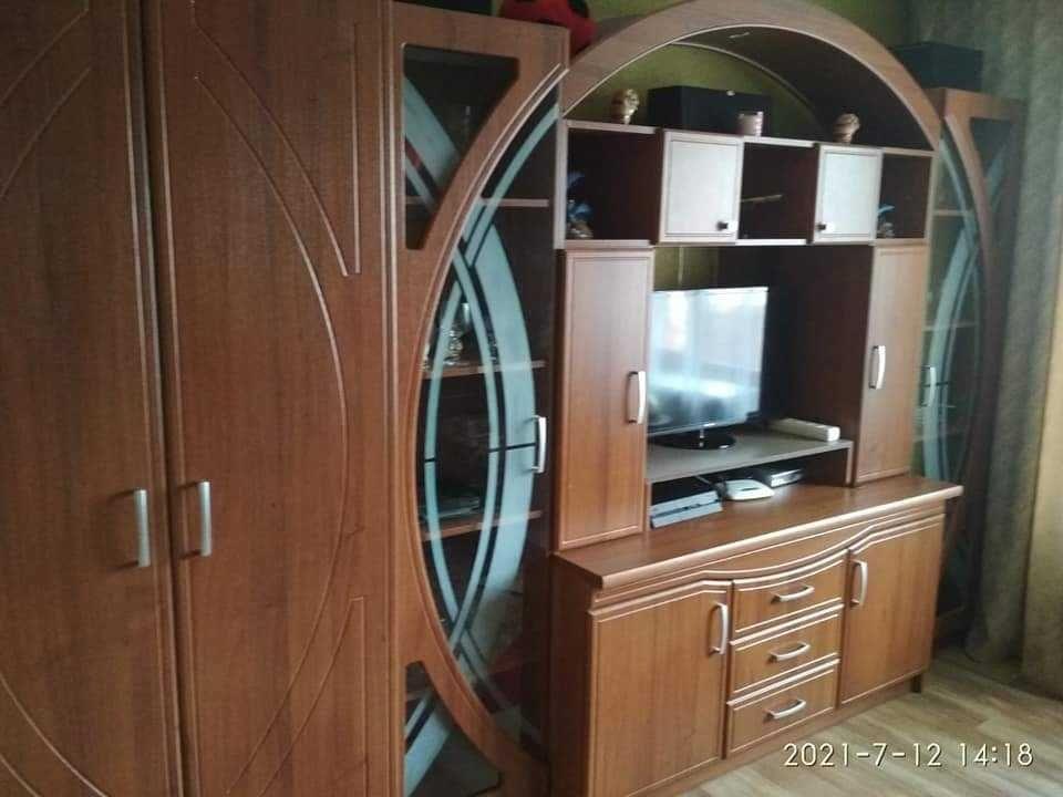 Терміновий продаж трьохкімнатнаої квартири в Ізяславі
