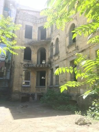 Продажа ОСЗ на ул.Саксаганского, 550 м.кв., н.ф., 3 этажа + мансарда