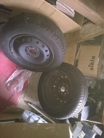 pares de pneus