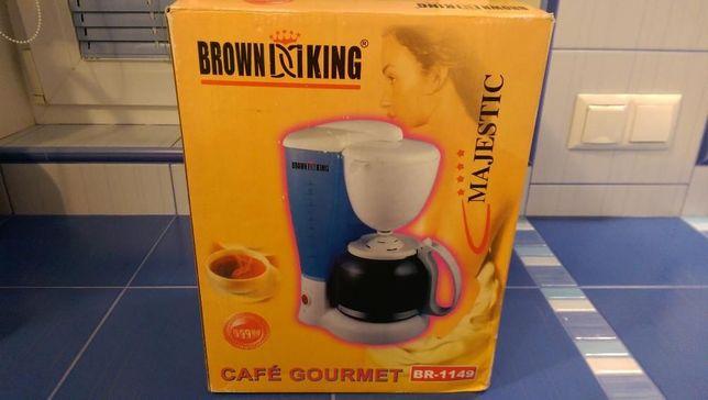 Кофеварка капельная новая