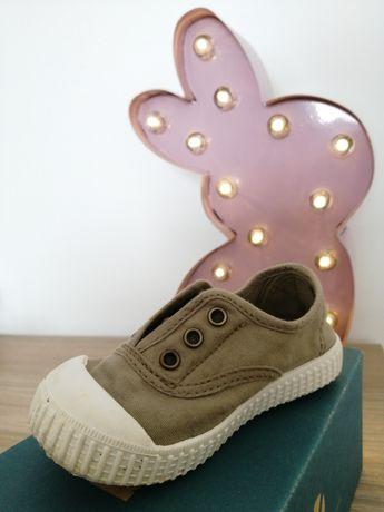 Sapatos da Vitória de verão de bebé