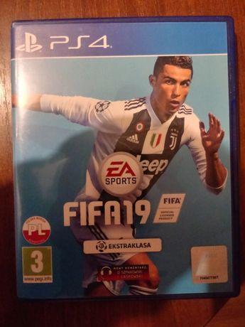 Gra FIFA 19 PS4
