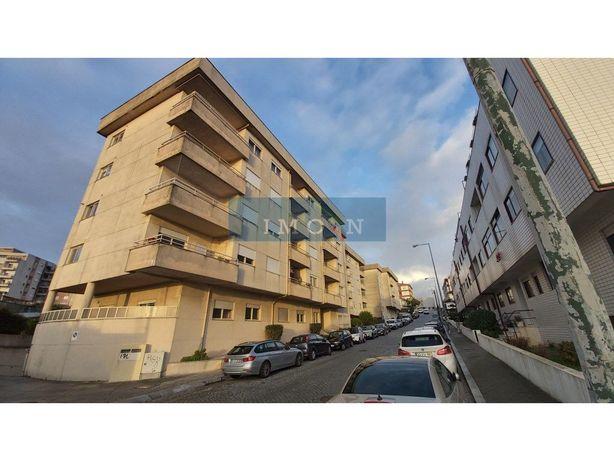 Apartamento T1, com lugar de garagem, em Canidelo, Vila N...