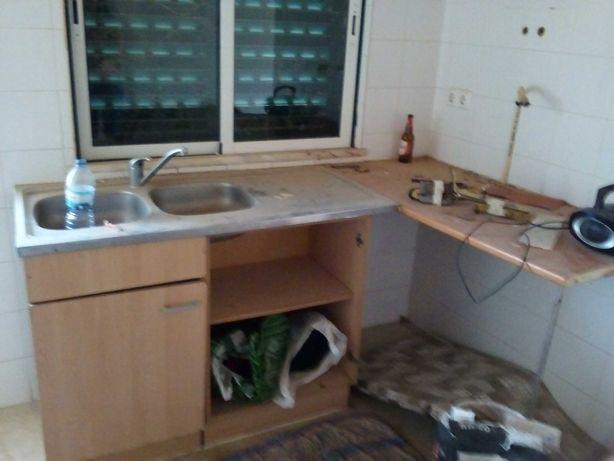 Conjunto de móvel de cozinha, bancada canto e lava loiça em inox