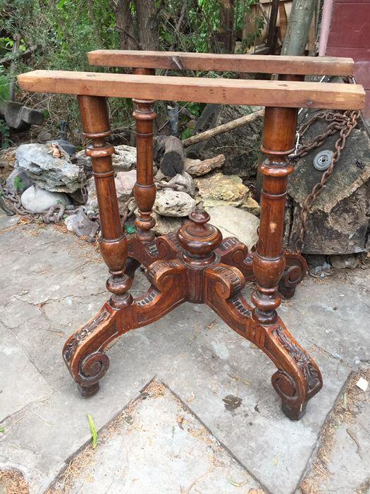 Красивый старинный. Столик Одесса - изображение 1