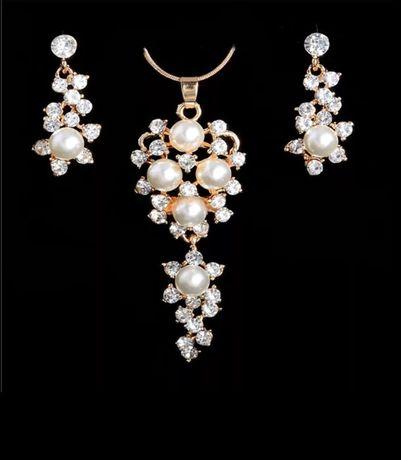 Zestaw biżuterii komplet naszyjnik kolczyki kolor złoty różne wzory