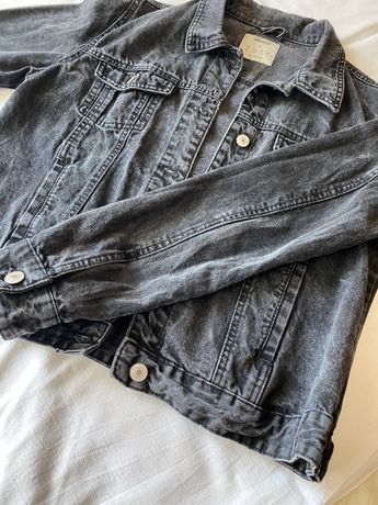 Черная джинсовка