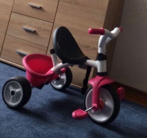 Trójkołowy rowerek dzieci.