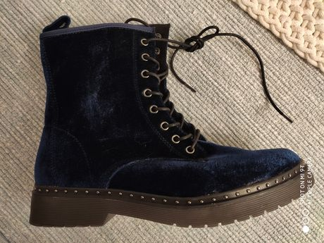 Wyjątkowe buty Tamaris roz.41 nowe