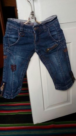 Джинсовые шорты на девушку