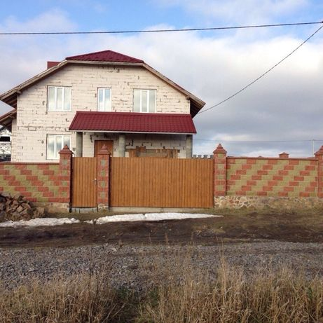 Продам будинок біля Рівного