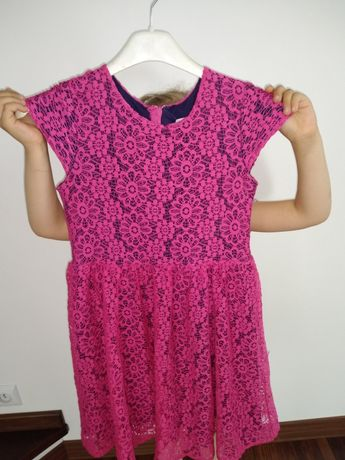 Ladna sukienka dla dziewczynki rozm 134/140