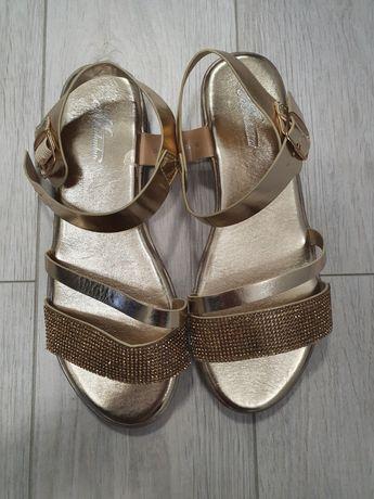 Sandały,śliczne sandałki, złote, diamenciki, NOWE r.39/40