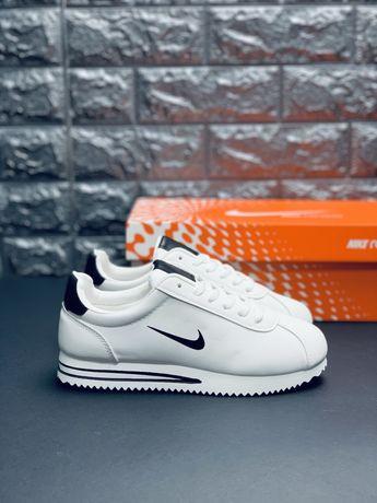 Женские, белые кроссовки Nike Cortez. КОЖА! Купить по АКЦИИ! Скидка!