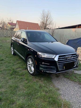 Продам Audi Q7 2018
