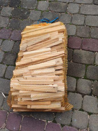 Drewno na rozpałkę w workach -rozpałkowe grill.