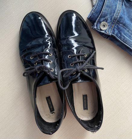 Лаковые туфли, броги, оксфорды женские