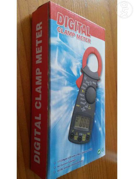 Digital clamp meter - novo