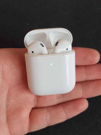 Б/У наушники Apple Airpods 2 с беспроводным кейсом В идеале БУ
