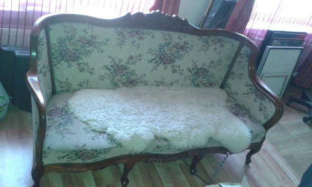 Komplet wypocz. sofa, 2 fotele, taboret i stolik, dąb, ręczna robota.