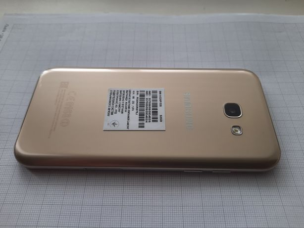 Продам Samsung Galaxy A5 2017 SM-A520F Gold