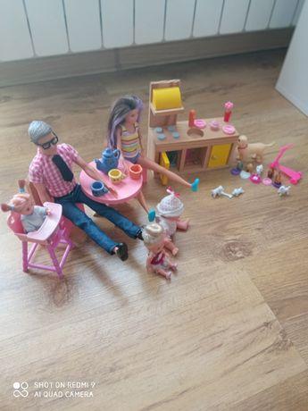 Lalka Barbie i Ken z dodatkami