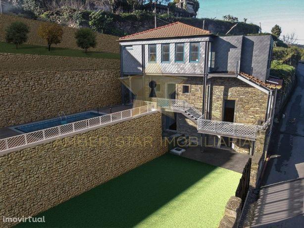 Casa de Xisto em Crestuma