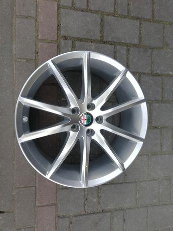 """Felgi Alfa Romeo 8J 19""""ET 34 5x110 4sztuki"""