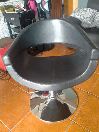 Cadeiras de salao de cabeleleiro
