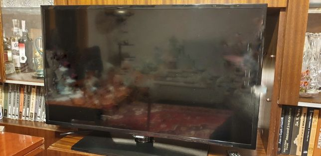Телевизор Sumsung UE39F5000AK  не рабочий