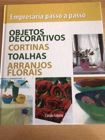 Livro que ensina a fazer diversos projetos de objetos decorativos