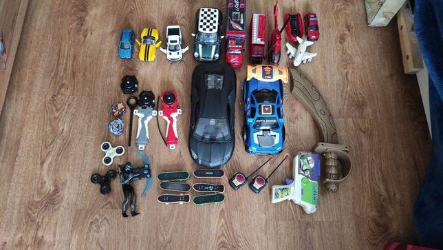 Набор игрушек для мальчика (Машина, бейблейд, сабля, пистолет, рации)
