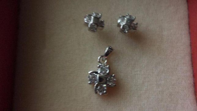 Biżuteria srebrna komplety kolczyki + zawieszka
