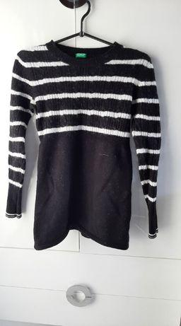 Sweter w rozmiarze S/M