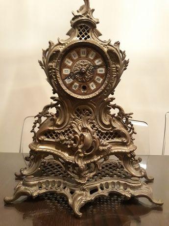 Mosiężny zegar kominkowy