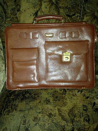 Портфель,сумка для документов