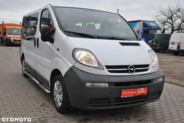 Opel Vivaro 9 Osób Hak Drzwi Skrzydła Brygadówka Opłacony
